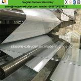 Le solide monolithique de polycarbonate couvre la ligne d'extrusion de production