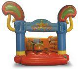 Bouncer insufláveis para crianças brincam