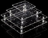 Stand acrylique clair carré de bruits de gâteau
