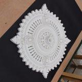 ポリウレタン装飾的なビクトリア朝の天井のローズPUの円形浮彫りHnY010