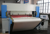 CNCの油圧平面の打抜き機を入れる自動コンベヤーベルト