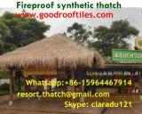 Tiki小屋のTiki棒艶出しリゾート4のための総合的なやし屋根ふき材料の人工的な屋根ふき材料
