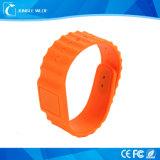 Wristbands poco costosi del silicone di abitudine NFC RFID di forma fisica della Cina