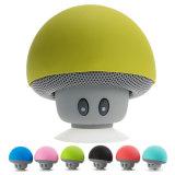 O design engraçado portátil chuveiro de silício Mini Cogumelo impermeável com alto-falante Sucker