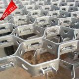 Anclajes de rejilla de metal o revestimientos de Cemento refractario.
