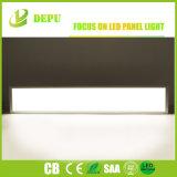 銀製フレーム40W超細いLEDの照明灯1X4FTの日光5000K 85lm/W3年の保証