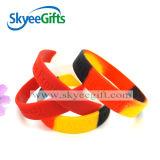 Braccialetto su ordinazione della gomma di silicone di modo con la promozione