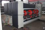 自動ボール紙のカートンSlotterはダイカッタ機械によって波形を付けられるボックスFlexoの印字機を