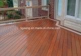 Type en bois d'intérieur plancher conçu par WPC imperméable à l'eau de bonne qualité