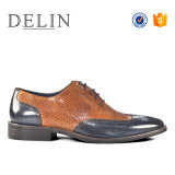 Delinの新しい到着の人の本革の靴の方法デザイン