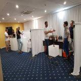 La pipe portative de cabine d'exposition et drapent le fournisseur blanc de velours de contexte de salon