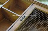 El metal de madera de los cajones de la cabina de pared del organizador de la pared engancha el estante del estante
