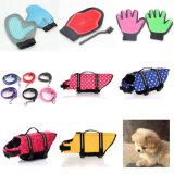 Bequemer Hund, der Deshedding Hilfsmittel-doppelseitigen Massage-Haar-Remover-Haustier-Bad-Handschuh pflegt