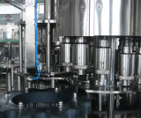 máquina de rellenar carbonatada 12000bph de la bebida (DCGF32-32-12)