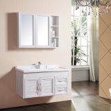 Vaidade materiais novas do dissipador do banheiro do projeto moderno