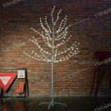 1.2mの白いシラカバLEDの木ライト装飾的で軽い休日ライト
