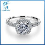 zilveren Juwelen van de Diamant Moissanite van de Besnoeiing van het Kussen van 7X7mm de Briljante Witte voor Overeenkomst