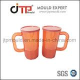 ハンドルのプラスチックコップ型が付いているオレンジ水コップ