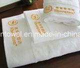 贅沢の100%年綿のホテルの表面タオル、ホテルの浴室タオルの