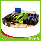 All Agesのための大きいIndoor Trampoline Park