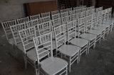 목제 Chiavari 옥외 당 의자 결혼식 정원 가구