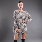 Gestrickter Strickjacke-lange Hülsen-runder Stutzen-Pullover der Frauen Überformatdrucken