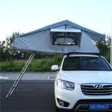 Tenda esterna terrestre superiore della parte superiore del tetto dell'automobile di campeggio dei campeggiatori del tetto