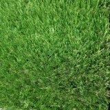 Erba artificiale domestica di falsificazione dell'erba del tappeto erboso delle decorazioni 30mm per le residenze