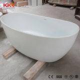 現代白い無光沢の円形の浴室の浴槽の自由で永続的な浴槽