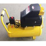 4HP는 몬 소형 휴대용 피스톤 DC 타이어 진공 유압 펌프 나사 공기 압축기를 지시한다