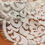 フランスのレースの刺繍の綿のレースファブリックを束ねる化学白