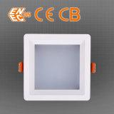 les ventes 2400lm DEL chaudes cotées de RoHS de la CE 10/20/30W carrée s'allument vers le bas