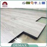 Di Resisdential del grano pavimentazione di legno portabile del PVC del vinile di scatto di slittamento non