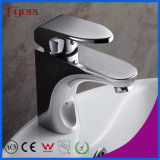 Fyeer Bathroom Contemporary Single Handle Torneira Misturadora de água quente e fria cromada em bronze