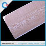 木パターン平らなPVC天井25cm内部の装飾的なPVC壁パネル