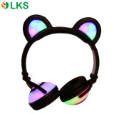 가장 새로운 디자인 귀여운 판다 모양 다채로운 빛 빛을내는 헤드폰