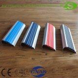 Sospecha de aluminio de la escalera de la seguridad antirresbaladiza bien FRP del PVC de la venta