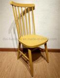 コーヒー家具のハンズWegnerの金属のWindsor椅子を食事するレプリカ