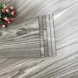 Suelos de lujo impermeables funcionales del PVC del tablón del vinilo