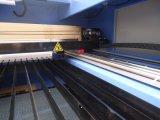 Hecho en China Anuncio de la máquina de corte y grabado láser