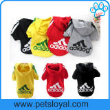 Capa de alta calidad mascota pequeña fábrica de ropa de perro de estilo deportivo