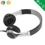 Alta calidad del fabricante sobre el auricular al por mayor estéreo atado con alambre receptor de cabeza del auricular