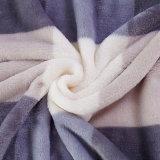 100%年のポリエステルMicrofiberの準備ができた標準的なフランネルの羊毛毛布