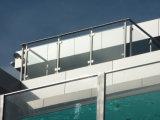 Diseño de cristal de la barandilla del acero inoxidable del balcón