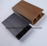 Потолок декоративной панели деревянный пластичный составной