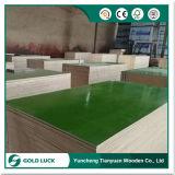 La construcción de cubiertas de plástico de polipropileno resistente al agua la hoja de madera contrachapada
