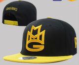 3D bordado com etiqueta para o tampão/chapéu do Snapback