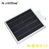 Réverbère actionné solaire du contrôle sec DEL avec le panneau solaire