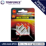 bateria seca alcalina preliminar de Digitas da manufatura de 1.5V China (LR6-AA 6PCS)