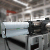 Machine de déchiquetage et de granulation de plastique pour des morceaux/réutilisation de purges